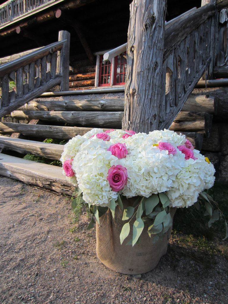 A rustic wedding at Great Camp Sagamore (Photo courtesy of Great Camp Sagamore)